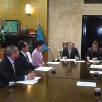 特別委員会報告書の県議会議長への提出