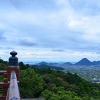 金毘羅宮から讃岐富士を望む(2016年9月)