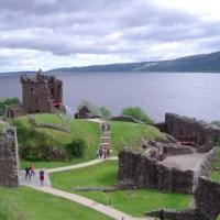 アーカート城 Urquhart Castle