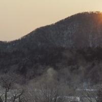 糠平源泉郷の日の出