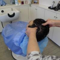 頭の臭いを予防するためにも、月に1回くらいは毛穴のお掃除をしてくださいね。 伊那市の理容店 ヘアーサロン オオネダ