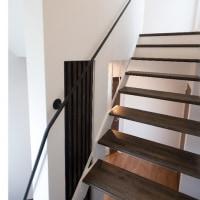 新着施工事例 光と風が通るスケルトン階段の家
