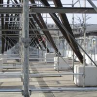 12月はXmasFantasy。函館駅前でもイルミネーションの準備が始まっています。