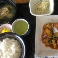 5月21日の 日替り定食(550)は、酢鶏 です。