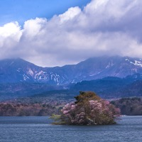 3/26  東京カメラ部分室「日本の美しい村」に掲載されました。