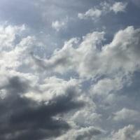今日の空も美しい