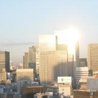 朝日に輝くグラントウキョウサウスタワー