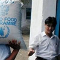 水害住民向けの支援食糧を転用