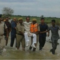 インド  未だ遠い生活水準向上への道 トイレ事情、病院に関する話題、そして政治家は・・・