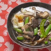 スナップエンドウとヒラタケの蕎麦の朝・今日も鮭弁当