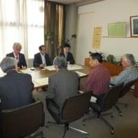 星野富士見市長に交流会としてマンション政策についての要望書提出