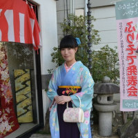 卒業式シーズンです。袴のお着付しました⑤