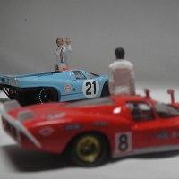 """1/43「栄光のル・マン」のラストシーン デラニーとストーラー(1/43 Micael Delaney and Erich Stahler in """"Le Mans"""")"""