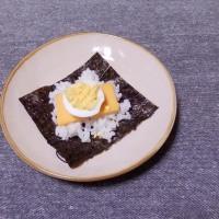つまみ ゆで卵とチーズの海苔包み