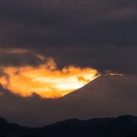12月5日(月)ダイヤモンド富士-緑町霊園は、・・・・・・