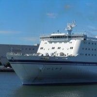 名古屋港 豪華客船ランチクルージング