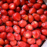 きょねんの苺シロップ・ことしの苺シロップ