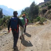 アンデス・ブランカ山脈紀行;第5日目(2);トレッキング1日目;ワリバンパ谷を遡る