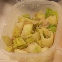 弁当作りの舞台裏と白菜とツナの胡麻味噌サラダ