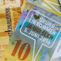 �� A basic income for all:Swiss voters�١����å������ࡡ�������Ǽ¸����뤫��
