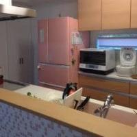 我が家のキッチンにマッチしたカラーの冷蔵庫