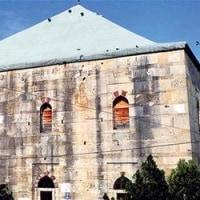 ギリシャにあるオスマンの歴史的モスクが火事に
