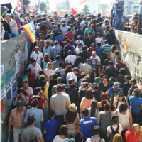 タクシム広場でのデモの様子とトルコ政権AKPについて