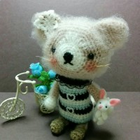 編み編み秋の夜長…