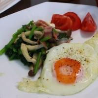 21日朝食 野菜スープと塩フランス