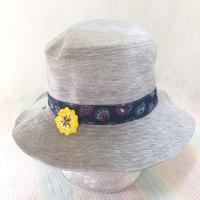パンジーの帽子