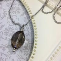 M*G Company さんの煙水晶のネックレス