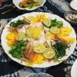 坂本さんが選んでくれた肉で煮る紅茶豚、養田さんが選んでくれた魚でつくった豪華夕食…