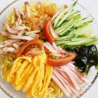 「冷やし中華・冷麺」のフリー素材(商用利用可能)