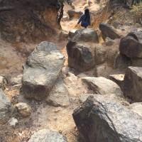 六甲山系は岩山!よじ登るのが魅力ですが、滑落の危険と隣り合わせ!