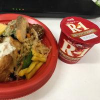 今日のお昼ご飯 もち麦ご飯の海苔弁
