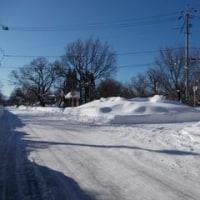 入口看板も雪の中