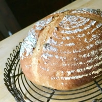 レーズン酵母のパン