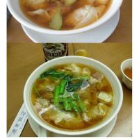中華街では珍しく、2軒目(はしご)、同じ広東道で「慶華飯店」、やはりワンタンを食べてみた。