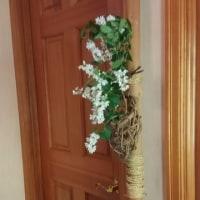 清楚な白い花・・・『八重のコデマリ』と『ヒメウツギ』
