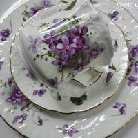 <再入荷!>イギリス製 ハマースレイ Victorian Violets  すみれ トリオ(エンボス)
