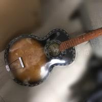 Maruha guitar  No.612。