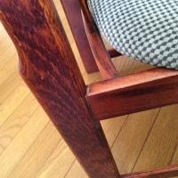 椅子の修理を頼みました
