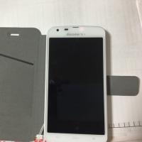 SH-06Eに手帳型カバー(iphone6用・ダイソー)