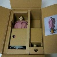 COOL氏の人形  個展用のLサイズモデルのパッケージが出来ました