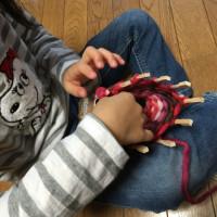 孫と編み物