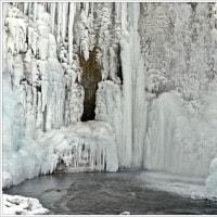 氷瀑・・・七条大滝。