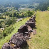 丸山千枚田へ~七色ダムから赤木城跡