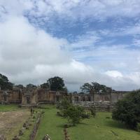 カンボジアタクシーで プリアヴィヘア遺跡とコーケー遺跡群巡ろう!