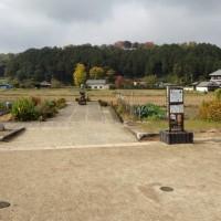 明日香村・飛鳥寺西方遺跡 飛鳥時代の石組溝と石列の一部を検出 2017年2月26日に現地説明会