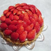 手作りケーキ 「いちご&クッキータルト」